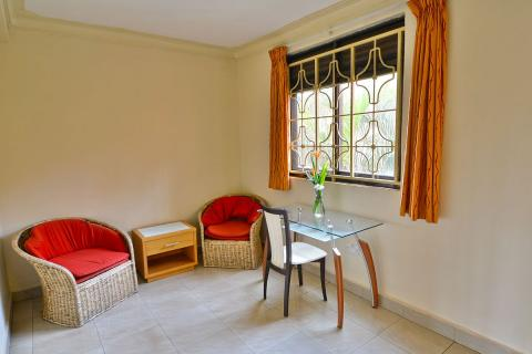 2 and 3 Bedroom Apartment Accommodation